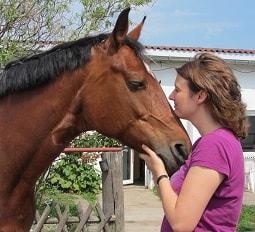 Stefanie Ganskow mit ihrem Pferd